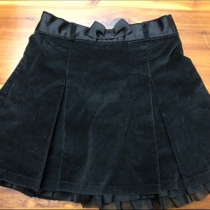🎉4T Gap black velvet skirt NWOT